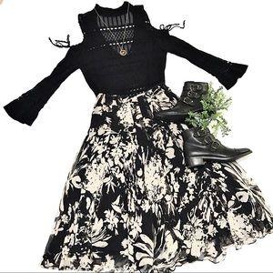 Dresses & Skirts - 🖤100% SILK▪️stunning midi pleated trendy skirt